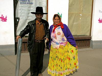 Resultado de imagen para pareja de gitanos